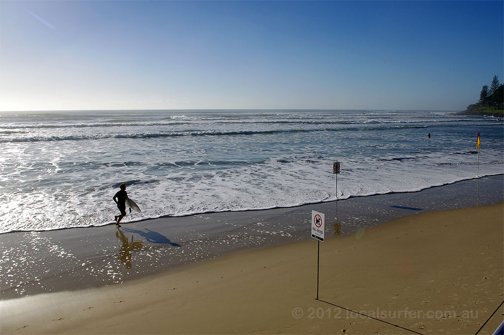 Ever run from the surf like this cause you are late for work?