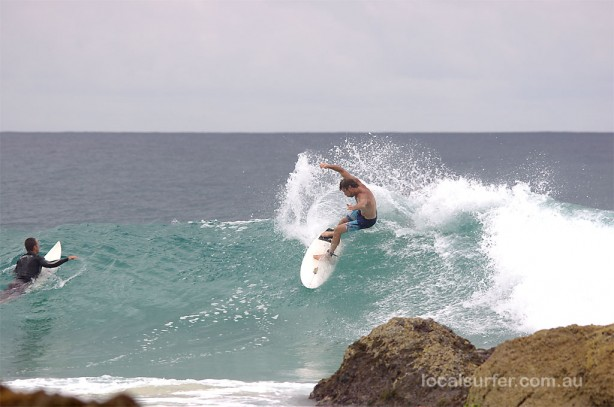 8:47 am - Snapper. Carving just yonder of the rocky