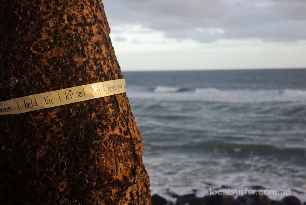 6:09am - a loving message wrapped around the tree